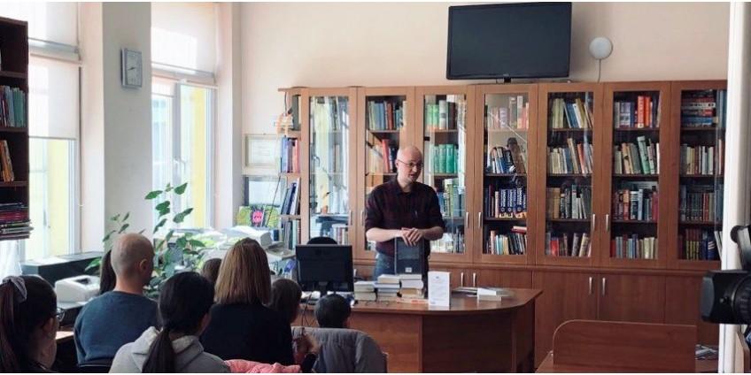 Соломон Паси и Росен Люцканов на среща с читатели в СМГ
